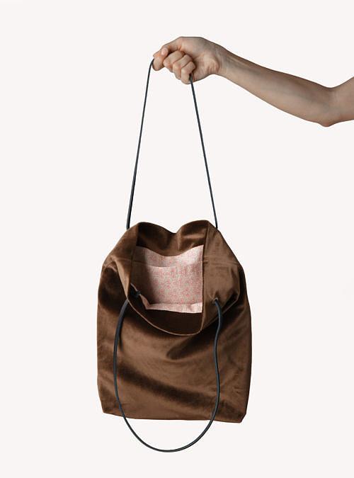 artisanne sac brun ouvert